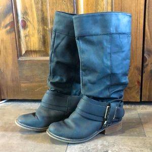Women's Aldo boot size 7